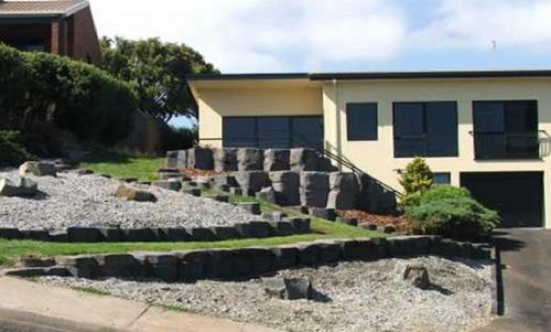 columnar_basalt_garden